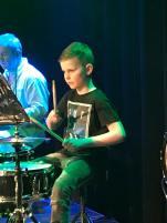 Svelgen trommer